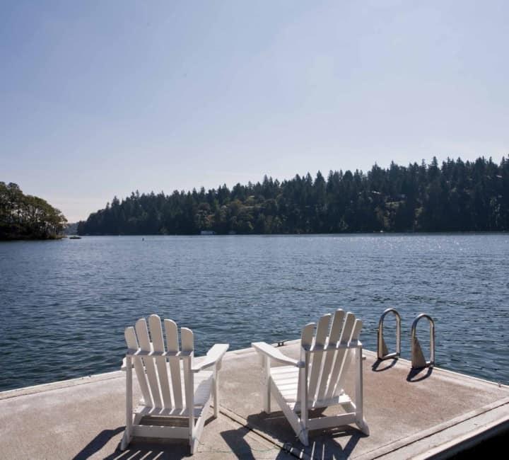 Lake Oswego Waterfront Homes